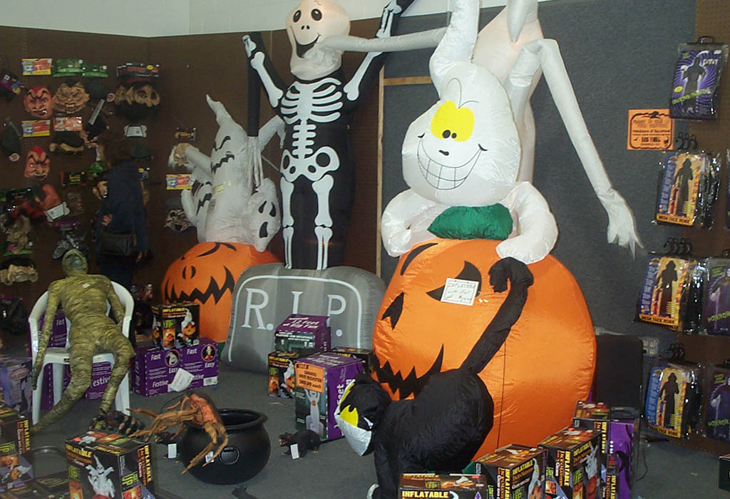 Photo of a Halloween Costume Pop-up Shop